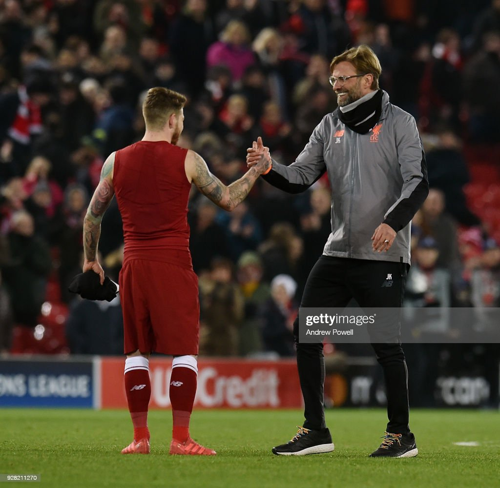 Liverpool v FC Porto - UEFA Champions League Round of 16: Second Leg : News Photo