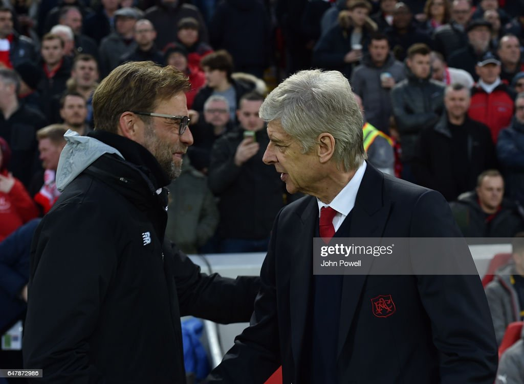 Liverpool v Arsenal - Premier League : Nachrichtenfoto