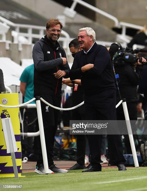 Jurgen Klopp manager of Liverpool with Newcastle United manager before the Premier League match between Newcastle United and Liverpool FC at St....