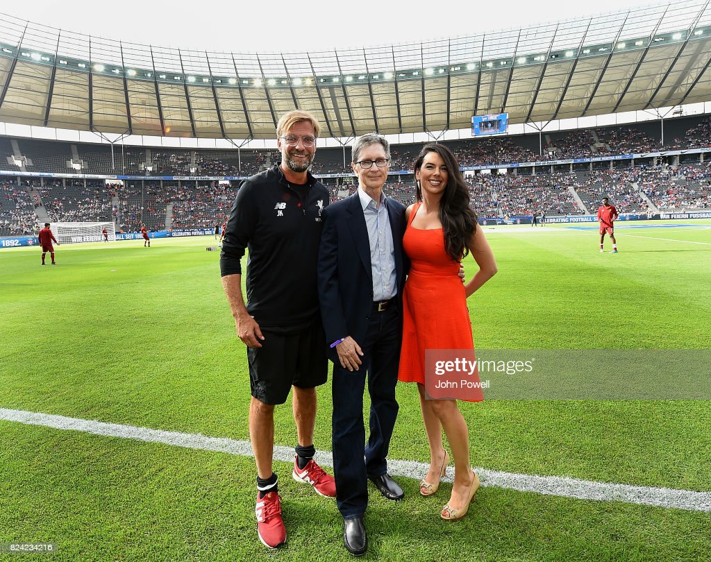 Jurgen Klopp manager of Liverpool with owners John W Henry and Linda Pizzuti Henry before the preseason friendly match between Hertha BSC and FC Liverpool at Olympiastadion on July 29, 2017 in Berlin, Germany.