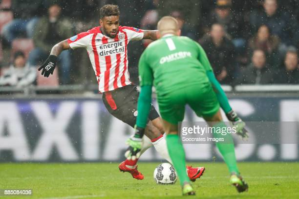 Jurgen Locadia of PSV Roy Kortsmit of Sparta Rotterdam during the Dutch Eredivisie match between PSV v Sparta at the Philips Stadium on December 3...