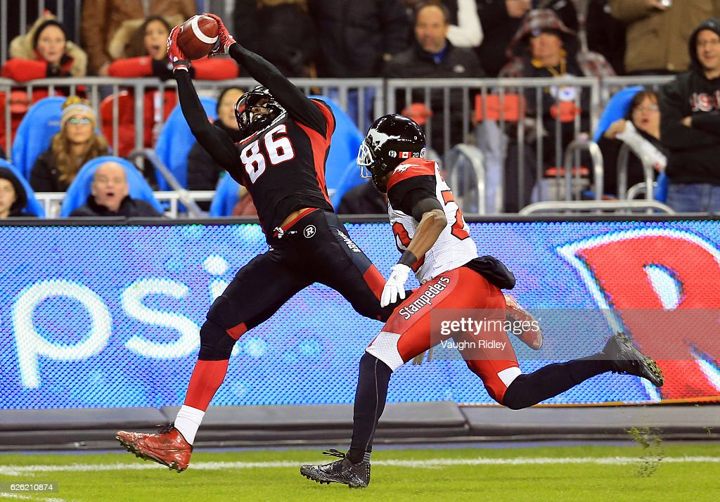 Juron Criner #86 of the Ottawa Redblacks catches a long pass during the second half of the 104th Grey Cup Championship Game against the Calgary Stampeders at BMO Field on November 27, 2016 in Toronto, Canada.