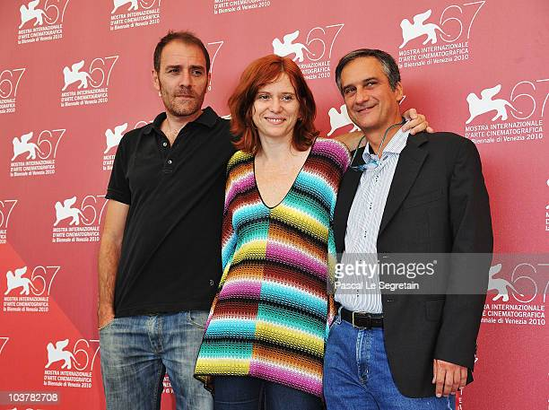 Jurors Valerio Mastandrea Susanna Nicciarelli and Dario Edoardo Vigano attend the Jury Contracampo Italiano photocall during the 67th Venice Film...