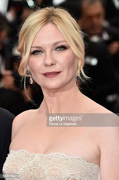 Jury member Kirsten Dunst attends the closing ceremony of the 69th annual Cannes Film Festival at the Palais des Festivals on May 22 2016 in Cannes...