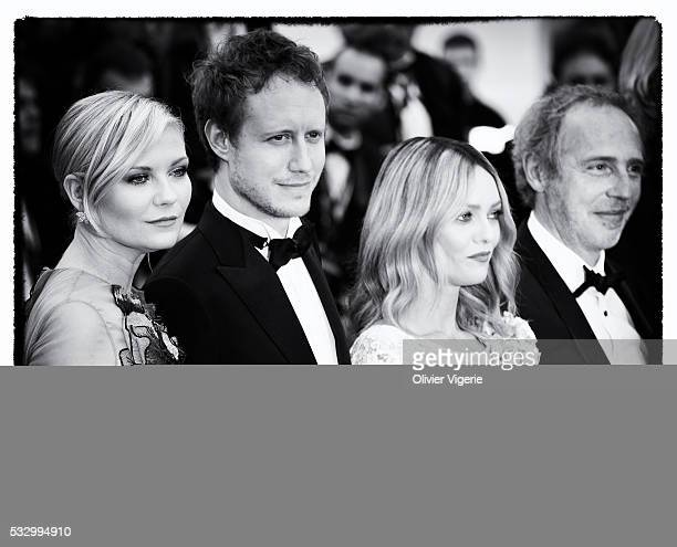 Jury Member Kirsten Dunst LÃszló Nemes Vanessa Paradis and Arnaud Despleschin attend the 'Cafe Society' premiere during the 69th annual Cannes Film...