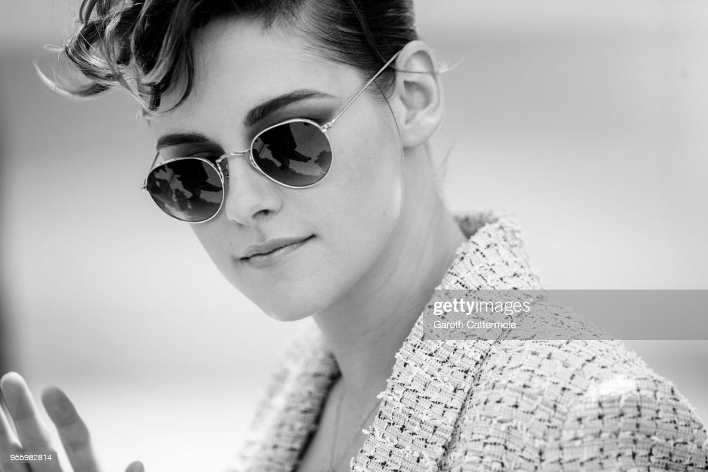 Jury member Kristen Stewart attends the photocall for Jury during the 71st annual Cannes Film Festival at Palais des Festivals on May 8, 2018 in Cannes, France.