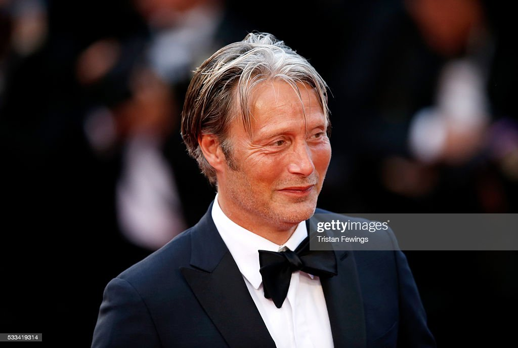 Closing Ceremony - Red Carpet Arrivals - The 69th Annual Cannes Film Festival : ニュース写真