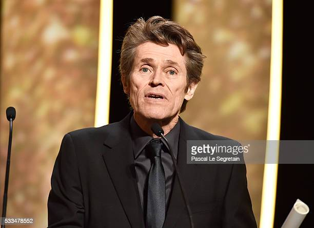 Jury member Willem Dafoe talks on stage during the closing ceremony of the annual 69th Cannes Film Festival at Palais des Festivals on May 22 2016 in...