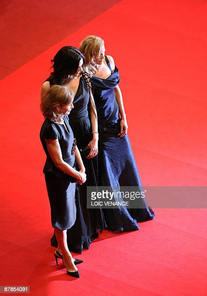 Jury members Italian actress and director Asia Argento French actress and president of the jury Isabelle Huppert and US actress Robin Wright Penn...