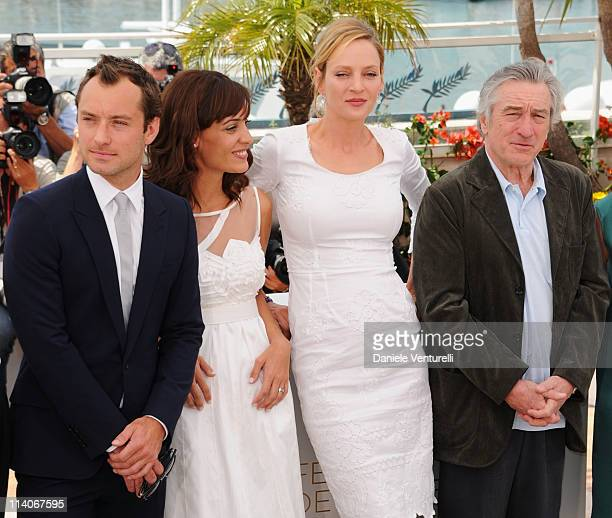 Jury members Jude Law, Martina Gussman, Uma Thurman and President of the Jury Robert De Niro attend the Jury Photocall at the Palais des Festivals...