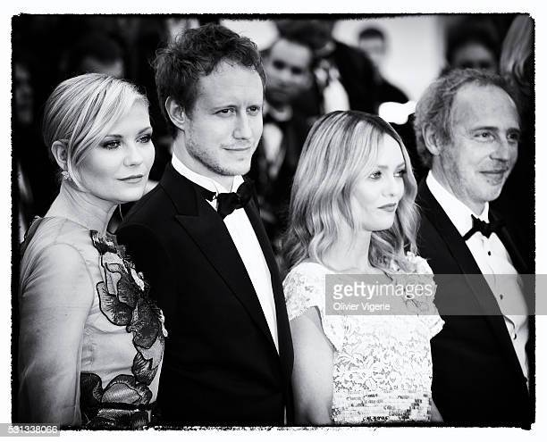 Jury members Kirsten Dunst Laszlo Nemes Vanessa Paradis and Arnaud Desplechin attend the 'Cafe Society' premiere and the Opening Night Gala during...