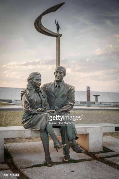 juscelino and sarah - statue stock pictures, royalty-free photos & images
