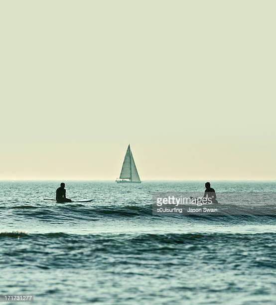 just hanging out - s0ulsurfing stock-fotos und bilder
