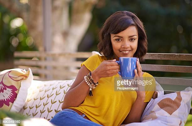 a mí y a cuppa té