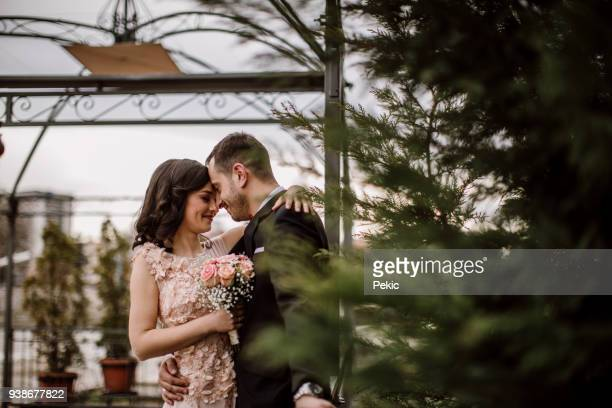 just merried romance - wedding ceremony stock pictures, royalty-free photos & images