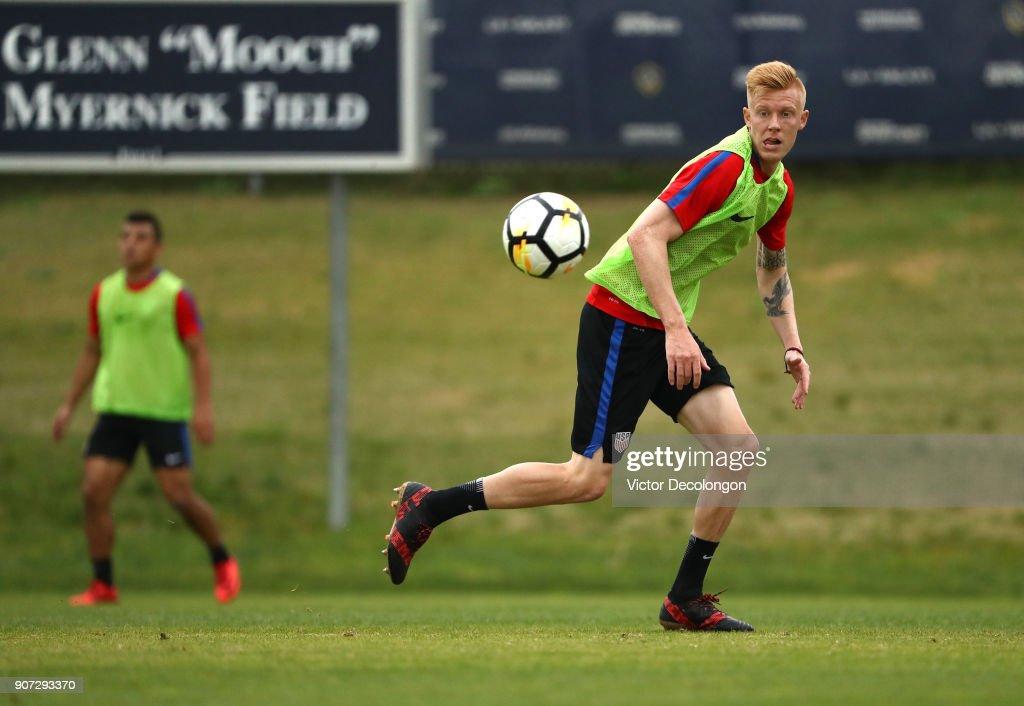 Justen Glad of the U.S. Men's National Soccer Team tracks the ball during training at StubHub Center on January 19, 2018 in Carson, California.