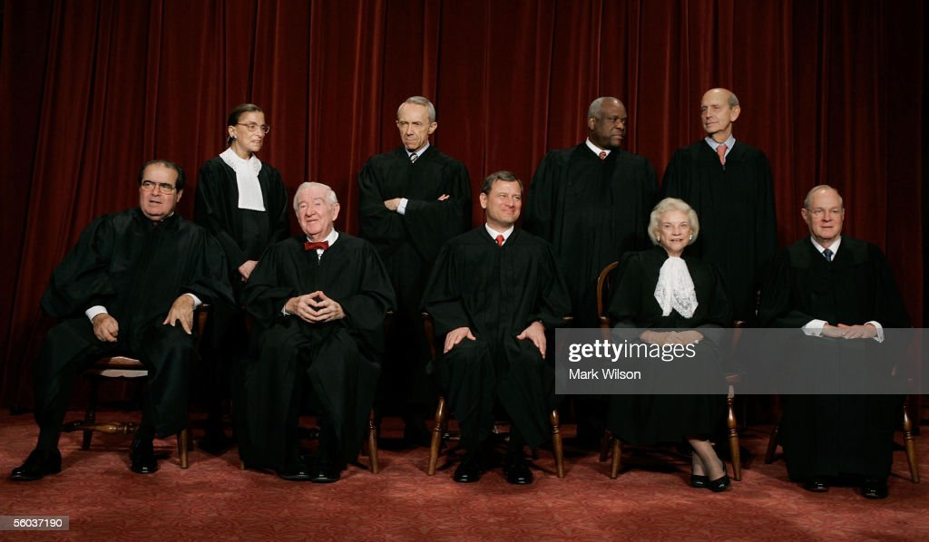 Supreme Court Justices Pose For Annual Portrait : ニュース写真