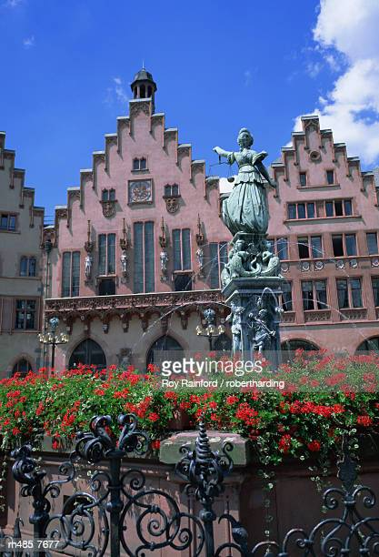 Justice Fountain and Romer, Frankfurt am Main, Hessen, Germany, Europe