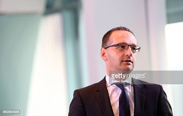 Justice Minister Heiko Maas arrives for the weekly German federal Cabinet meeting on December 17 2014 in Berlin Germany High on the meeting's agenda...