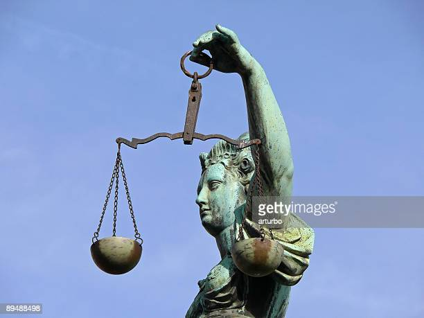 justicia with scale - sentencing stock pictures, royalty-free photos & images