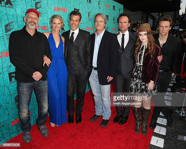 'Justified' cast members Nick Searcy Joelle Carter Timothy Olyphant Walton Goggins Kaitlyn Dever and Jacob Pitts with show creator Graham Yost attend...