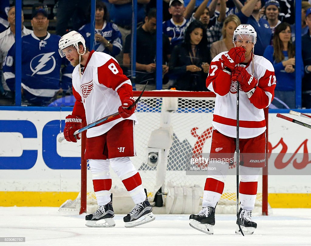Detroit Red Wings v Tampa Bay Lightning - Game Five : News Photo