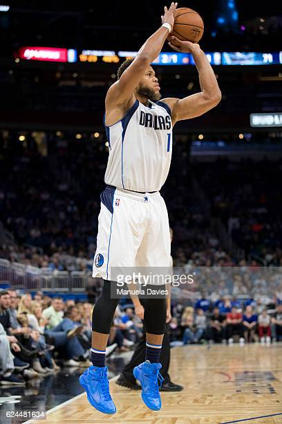 Justin Anderson of the Dallas Mavericks shoots the ball against the Orlando Magic at Amway Center on November 19 2016 in Orlando Florida NOTE TO USER...