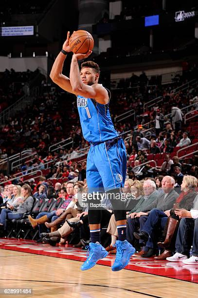 Justin Anderson of the Dallas Mavericks shoots the ball during a game against the Houston Rockets on December 10 2016 at the Toyota Center in Houston...