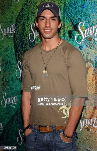 Justin Baldoni during Sauza Tequila's Cinco de Mayo Party Hosted by Jeremy Piven Arrivals at Velvet Margarita Cantina in Hollywood California United...