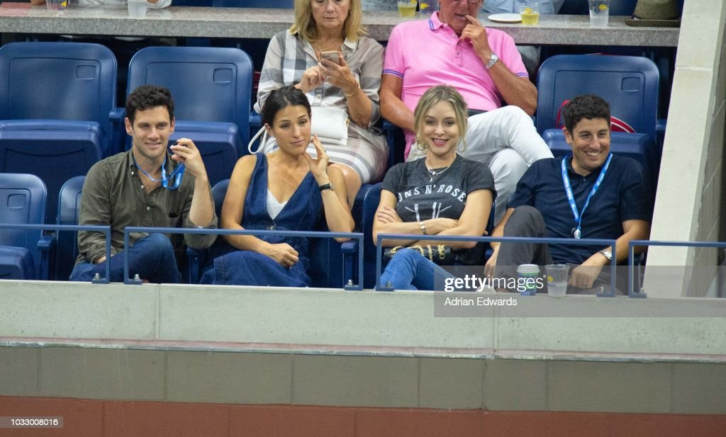 Justin Bartha, Lia Smith, Jenny Mollen, Jason Biggs at Day 12 of the US Open held at the USTA Tennis Center on September 7, 2018 in New York City.