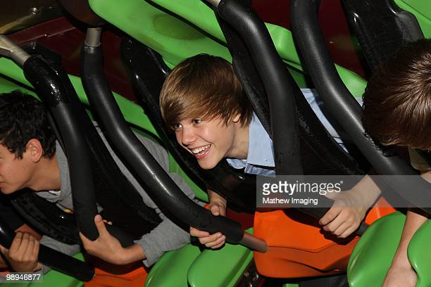VALENCIA CA MAY 08 Justin Bieber and friends visit Six Flags Magic Mountain on May 8 2010 in Valencia California