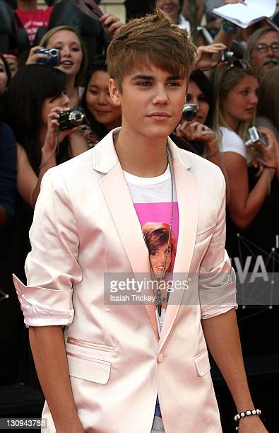 Justin Bieber arrives at the 2011 MuchMusic Video Awards at MuchMusic HQ on June 19, 2011 in Toronto, Canada.