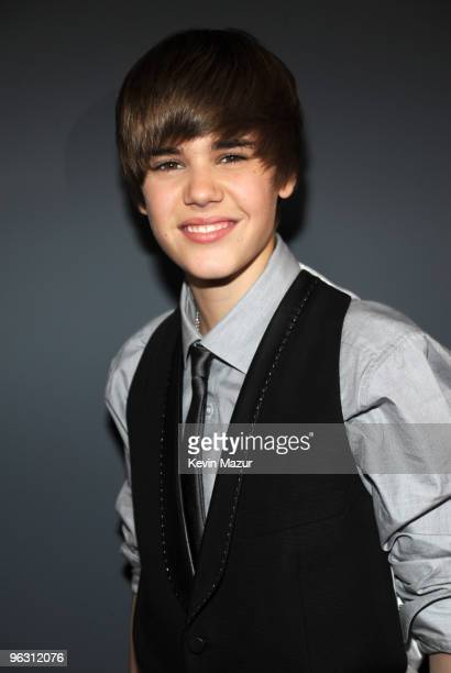 Justin Bieber arrives at the 52nd Annual GRAMMY Awards held at Staples Center on January 31 2010 in Los Angeles California