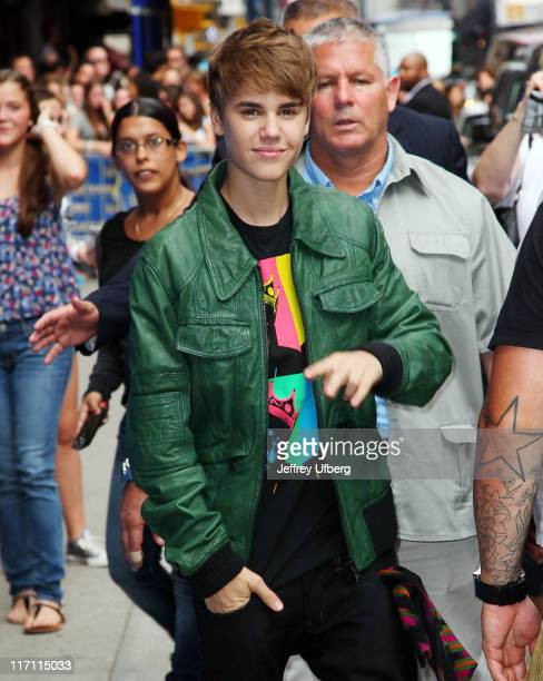 """Justin Bieber departs """"Late Show With David Letterman"""" at the Ed Sullivan Theater on June 22, 2011 in New York City."""