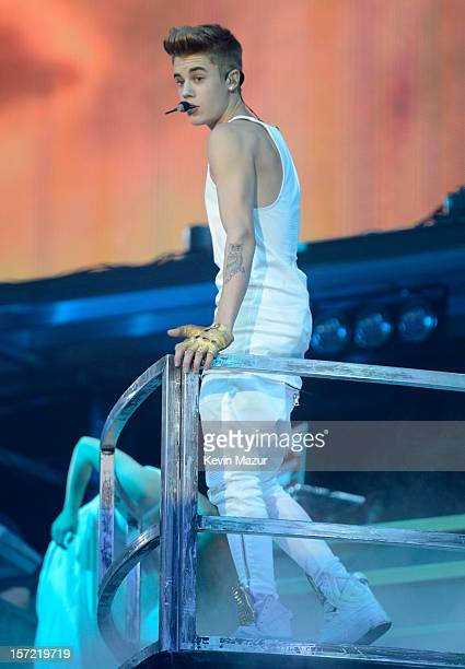 Justin Bieber performs at Madison Square Garden on November 29 2012 in New York New York