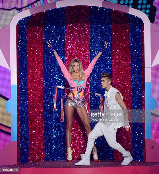 Justin Bieber performs during the 2012 Victoria's Secret fashion show November 7 2012 in New York AFP PHOTO/TIMOTHY A CLARY