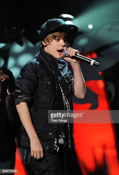Justin Bieber performs onstage with Jordin Sparks during Z100's Jingle Ball 2009 presented by HM at Madison Square Garden on December 11 2009 in New...