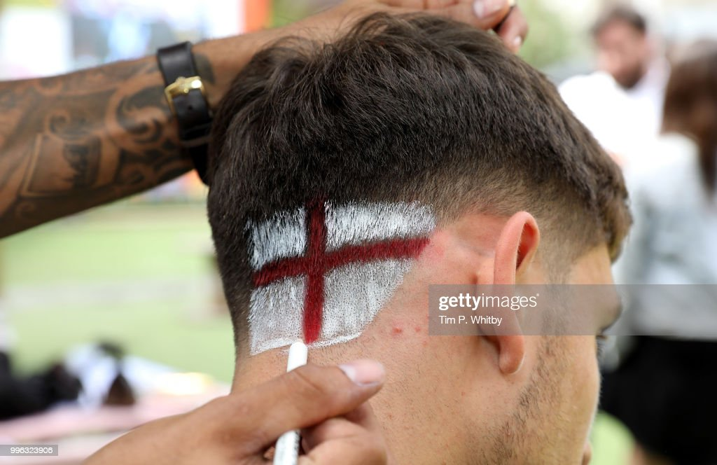 England's World Cup Barber Gets Fans Ready For Tonight's Match As They Go Scalp Brave With Head & Shoulders
