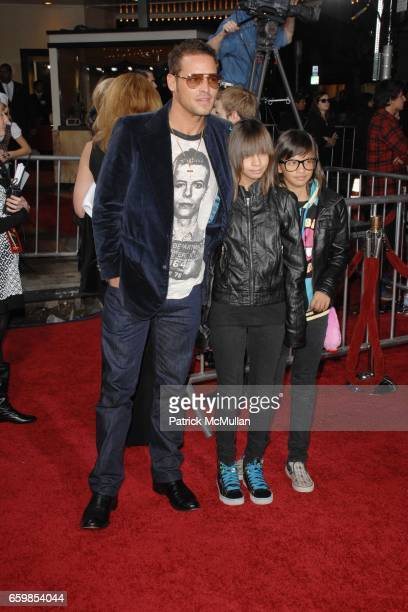 Justin Chambers Maya Chambers and Kaila Chambers attend SUMMIT ENTERTAINMENT'S PREMIERE OF THE TWILIGHT SAGA NEW MOON at Mann's Village Theatre on...
