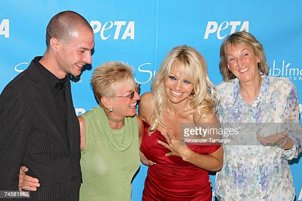 Justin Goodman, Nanci Alexander, Pamela Anderson, Ingrid E. Newkirk arrive at Sublime restaurant where PETA hosted her 40th birthday on June 12, 2007...