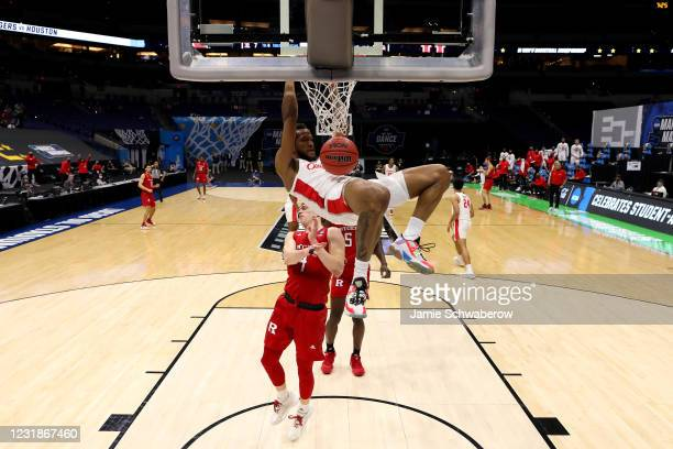 Justin Gorham of the Houston Cougars dunks against the Rutgers Scarlet Knights in the second round of the 2021 NCAA Division I Mens Basketball...