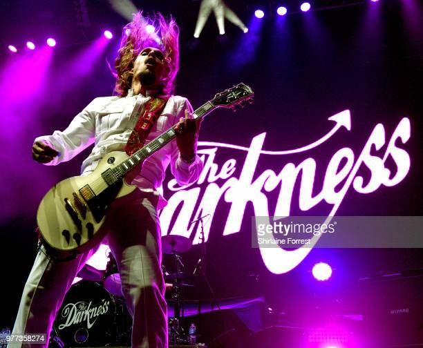 Justin Hawkins of The Darkness performs supporting Hollywood Vampires at Manchester Arena on June 17 2018 in Manchester England
