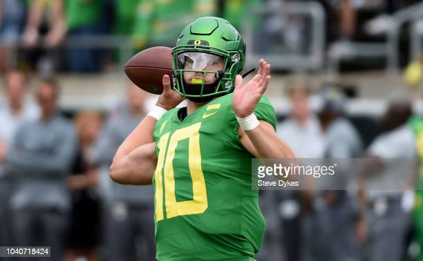 Justin Herbert of the Oregon Ducks passes the ball during the first half of the game against the Portland State Vikings at Autzen Stadium on...