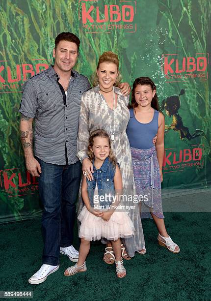 Justin Hodak actress Jodie Sweetin daughters Beatrix Carlin Sweetin Coyle and Zoie Laurel May Herpin attend the premiere of Focus Features' Kubo And...