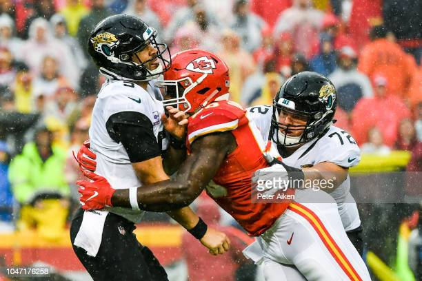 Justin Houston of the Kansas City Chiefs attempts to sack Blake Bortles of the Jacksonville Jaguars during the first quarter of the game at Arrowhead...