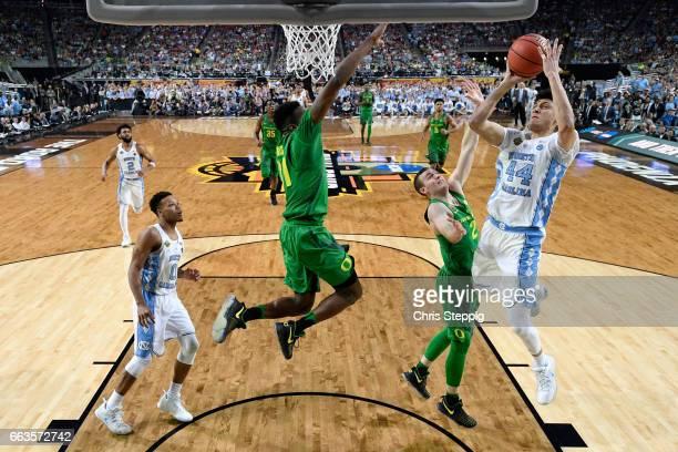 Justin Jackson of the North Carolina Tar Heels takes a jumpshot during the 2017 NCAA Men's Final Four Semifinal against the Oregon Ducks at...