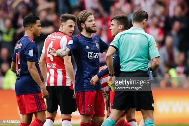 Justin Kluivert of Ajax Santiago Arias of PSV Lasse Schone of Ajax Nicolas Tagliafico of Ajax referee Danny Makkelie during the Dutch Eredivisie...