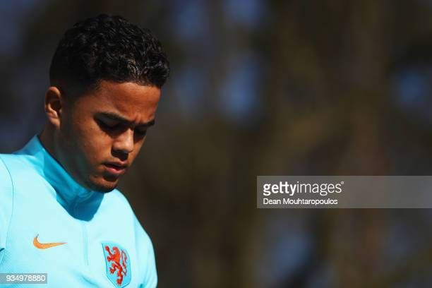 Justin Kluivert of Netherlands looks on during the Netherlands Training session held at KNVB Sportcentrum on March 20 2018 in Zeist Netherlands The...