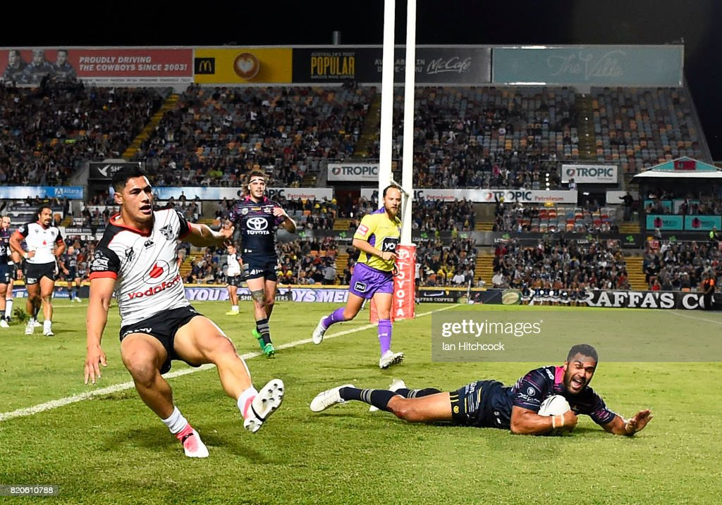 Justin O'Neil of the Cowboys scores a try during the round 20 NRL match between the North Queensland Cowboys and the New Zealand Warriors at 1300SMILES Stadium on July 22, 2017 in Townsville, Australia.