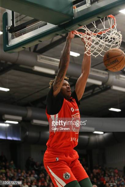 Justin Patton of the Wisconsin Herd dunks against the Capital City Go-Go during an NBA G-League game on March 07, 2020 at Menominee Nation Arena in...